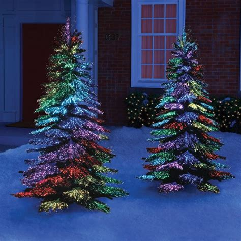 28 Innovative Ideas For Outdoor Christmas Decorations Tree With Colored Lights Ideas