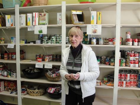 food pantry s need continues even after thanksgiving
