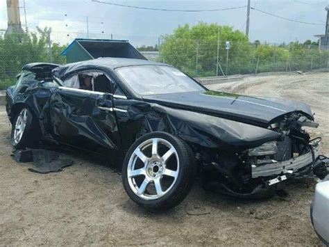 roll royce rod rolls royce wraith demolished in brutal crash up for grabs