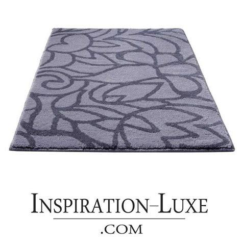 tapis de salle de bain haut de gamme gris