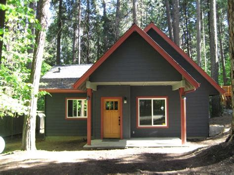 Log Cabin Colors by Exterior Paint Schemes Exterior Paint Ideas 1600x1200