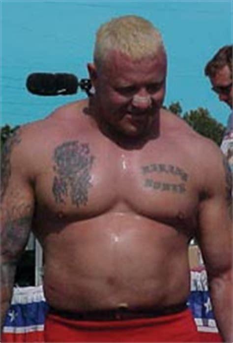 world s strongest man bench press world s strongest man strongman competitor svend karlsen