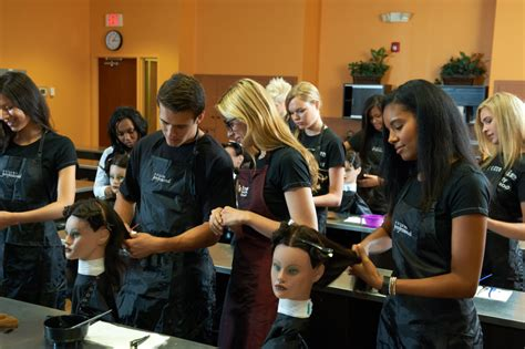 beautician cosmetology colleges and schools why do students enroll in college but not cosmo school