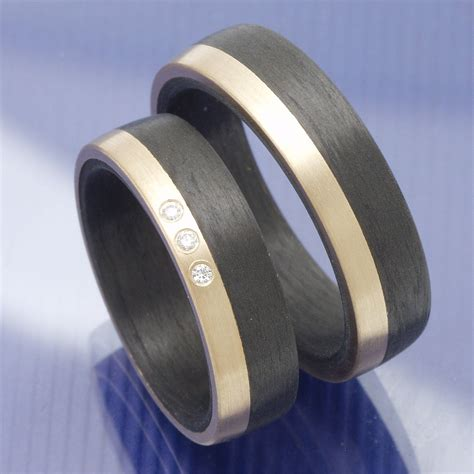 Carbon Hochzeitsringe by Carbon Ros 233 Gold Trauringe Eheringe Hochzeitsringe