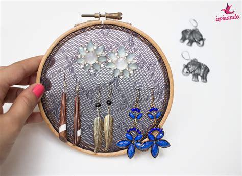 creare un porta orecchini fai da te porta orecchini fai da te realizzato con il riciclo di un