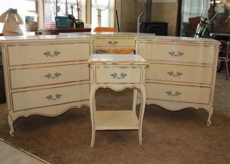 white french provincial bedroom furniture 66 best french provincial images on pinterest reclaimed