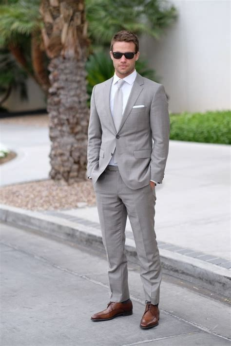 how to groom for a wedding party men style guide what color shirt and tie should i wear with a gray suit to