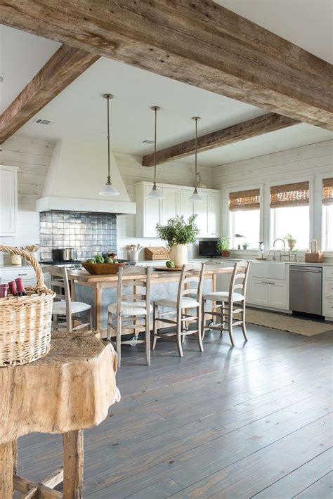 beach house kitchen design best 25 beach house kitchens ideas on pinterest nautical style kitchen design