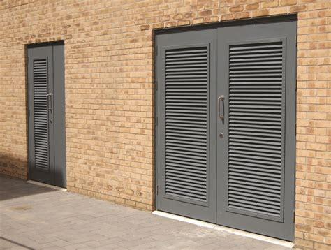 louvred cabinet doors oak doors oak louvered doors uk