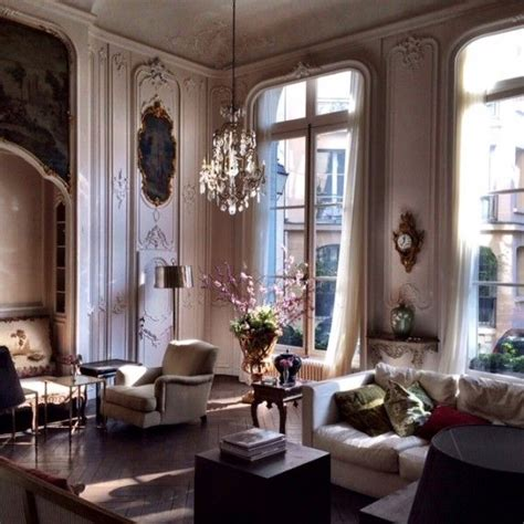 the interiors of the parisian apartments 247 best parisian chic apartment interiors images on