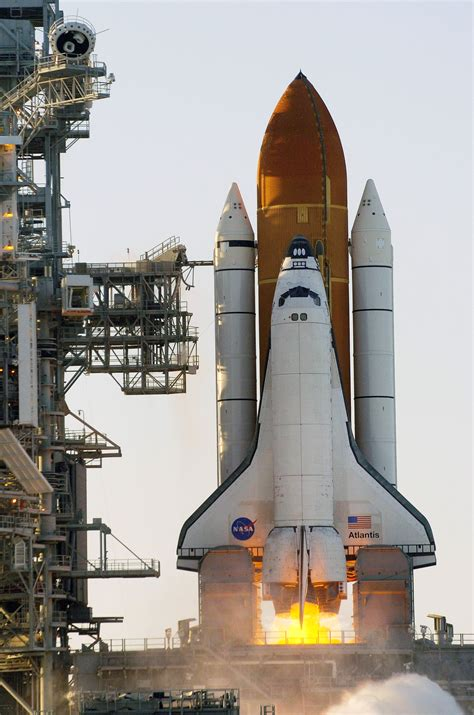 Spaceship Rocket nasa what is the space shuttle