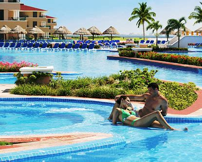 who owns sandals resorts palace resorts