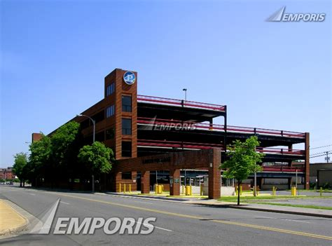 Elmwood Park Garage by Elmwood Park Garage Roanoke 336568 Emporis