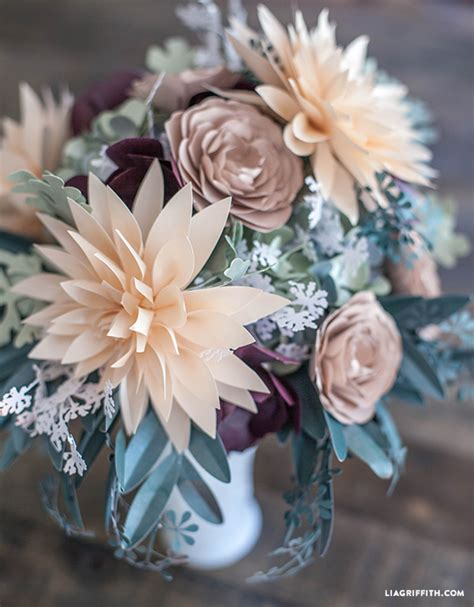 How To Make Paper Bouquets For Weddings - diy rustic paper bridal bouquet lia griffith