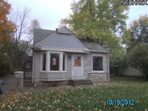 18343 ferncliffe ave cleveland ohio 44135 foreclosed