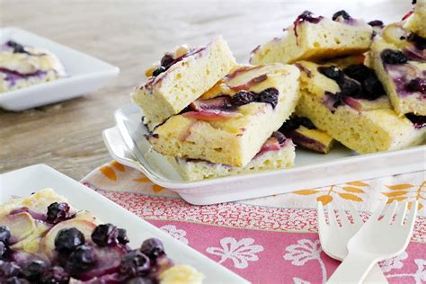 kuchen mit blaubeeren sommerlicher nektarinen kuchen mit blaubeeren