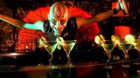 dracula s dracula s cabaret restaurant in gold coast my guide gold