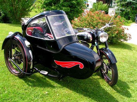 Puch Motorrad Mit Beiwagen by Puch Mit Beiwagen Aus Dem Jahre 1952 Steht Zur