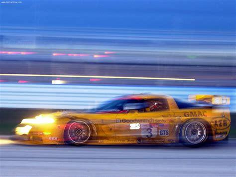 chevrolet corvette   picture    side