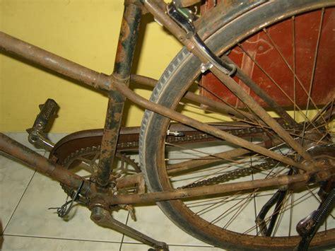 Tas Sepeda Antik mesin bubut sepeda antik