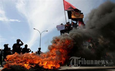 Minyak Nilam Makassar Hari Ini demonstrasi di makassar akan berlanjut hari ini