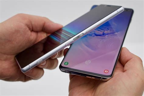 Xperia 1 Vs Samsung Galaxy S10 by Flagship Comparison Sony Xperia 1 Vs Samsung Galaxy S10 Phonearena