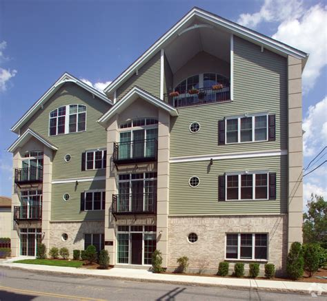 Apartments For Rent In Mansfield Ma 163 Rumford Ave Mansfield Ma 02048 Rentals Mansfield