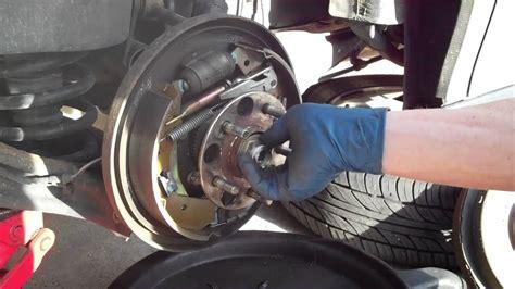 replace  rear wheel hub bearing   honda odyssey ridgeline pilot youtube