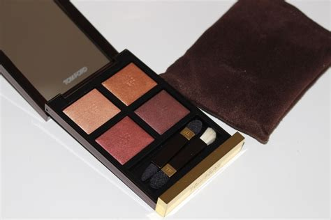 Review Tom Fords 2 by Tom Ford Honeymoon Eye Color Review Swatches