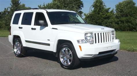 white convertible jeep 25 best ideas about white jeep patriot on