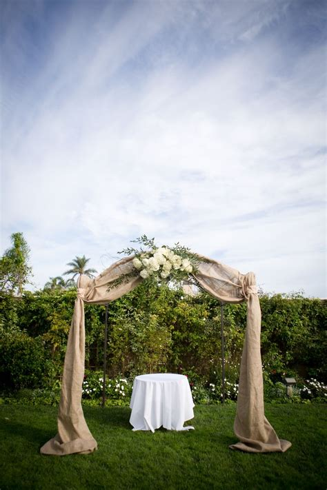 Wedding Arch Material by 25 Best Ideas About Burlap Wedding Arch On
