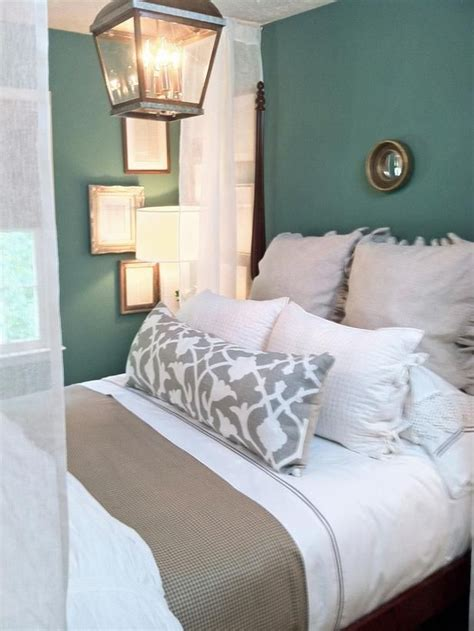 teal color paint bedroom neutral bedding tones and teal walls the wall color