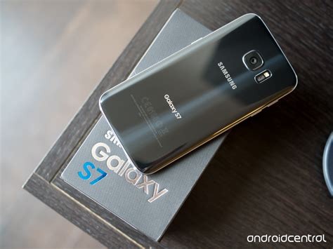 Normal Samsung S7 Edge galaxy s7 or galaxy s7 edge which should you buy
