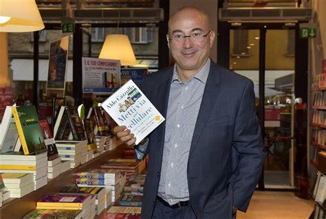libreria feltrinelli parma libri cazzullo alla feltrinelli di parma foto 1 di 1