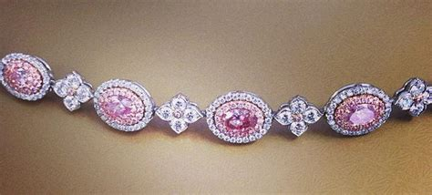 5 Ways to Accessorize Your Festive Outfit With Pink Diamonds   Naturally Colored