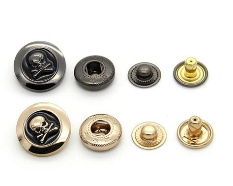 free shipping 10pcs lot black glue skulls metal snap button garment accessories buttons leisure