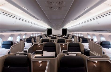 dreamliner cabin qantas boeing 787 9 dreamliner seat review economy class