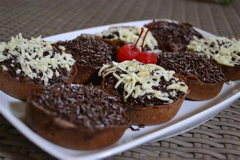 resep membuat martabak hitam resep membuat martabak manis mini enak lezat sedap kuliner