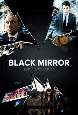 black mirror vs stranger things stranger things serie tv formulatv
