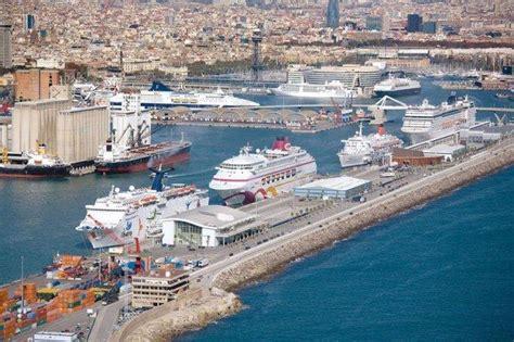llegar un barco al puerto c 243 mo llegar al puerto de barcelona