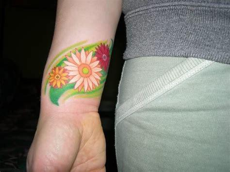 beautiful tattoos on wrist 31 beautiful flower tattoos design on wrist