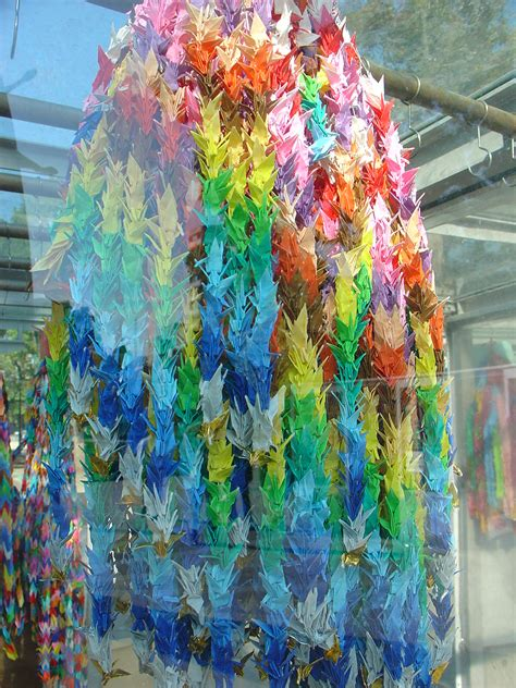 Folding 1000 Paper Cranes - the origin of origami sadako sasaki s 1000 cranes