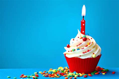 29 Sweet Birthday Cupcake 1 Happy One Year Feliz Aniversario Lifestyle With Danny