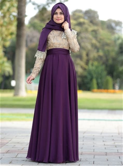 Maxi Dress Wanita Inaya Dress by 18 Model Baju Muslim Terbaru 2018 Desain Simple Casual