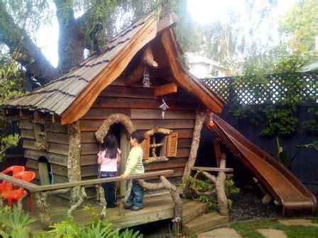canapé en palette plan plan cabane en bois pour enfant plus tard b 233 b 233
