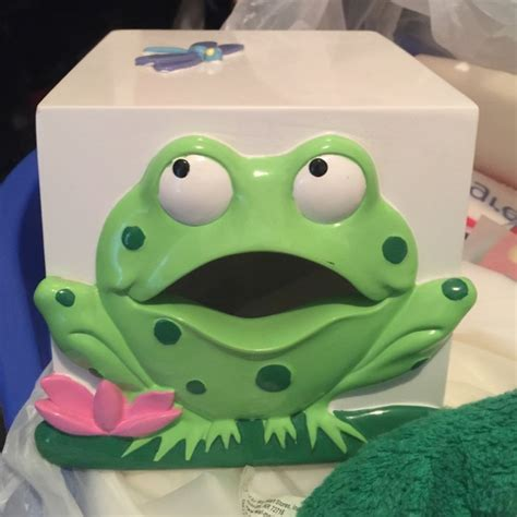 73 other bathroom frog tissue holder from tami s