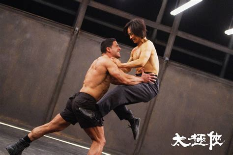 iko uwais di film man of taichi man of tai chi images