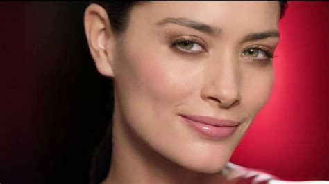 olay commercial actress olay regenerist actress new style for 2016 2017