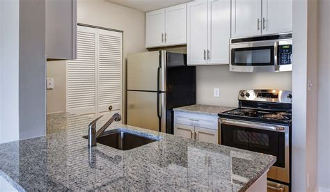 2 bedroom apartments in fairfax va shenandoah crossing apartment homes rentals fairfax va