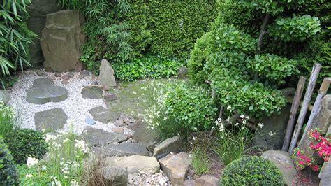 Romantische Gärten Anlegen by Schwarz Weiss Zimmer
